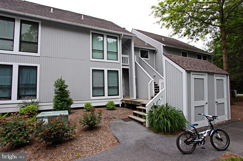 4006 BRIGHTON TRL #4006B   - Best of Northern Virginia Real Estate