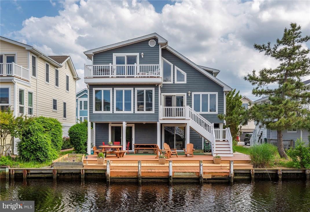 133 HENLOPEN DR   - Best of Northern Virginia Real Estate