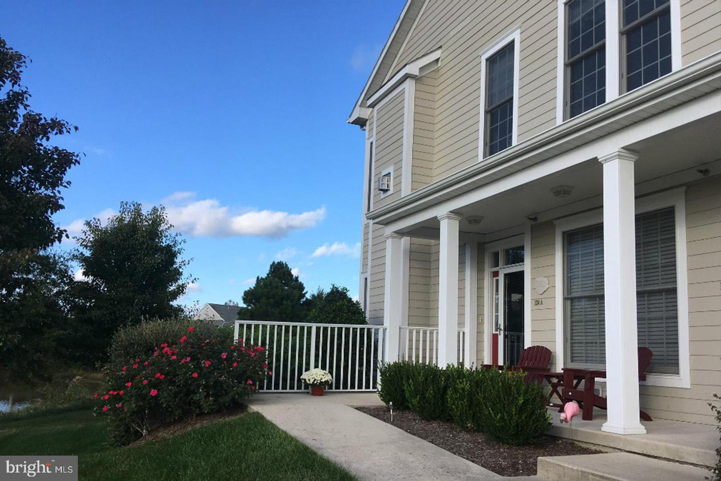 124 OCTOBER GLORY AVE #A   - Best of Northern Virginia Real Estate