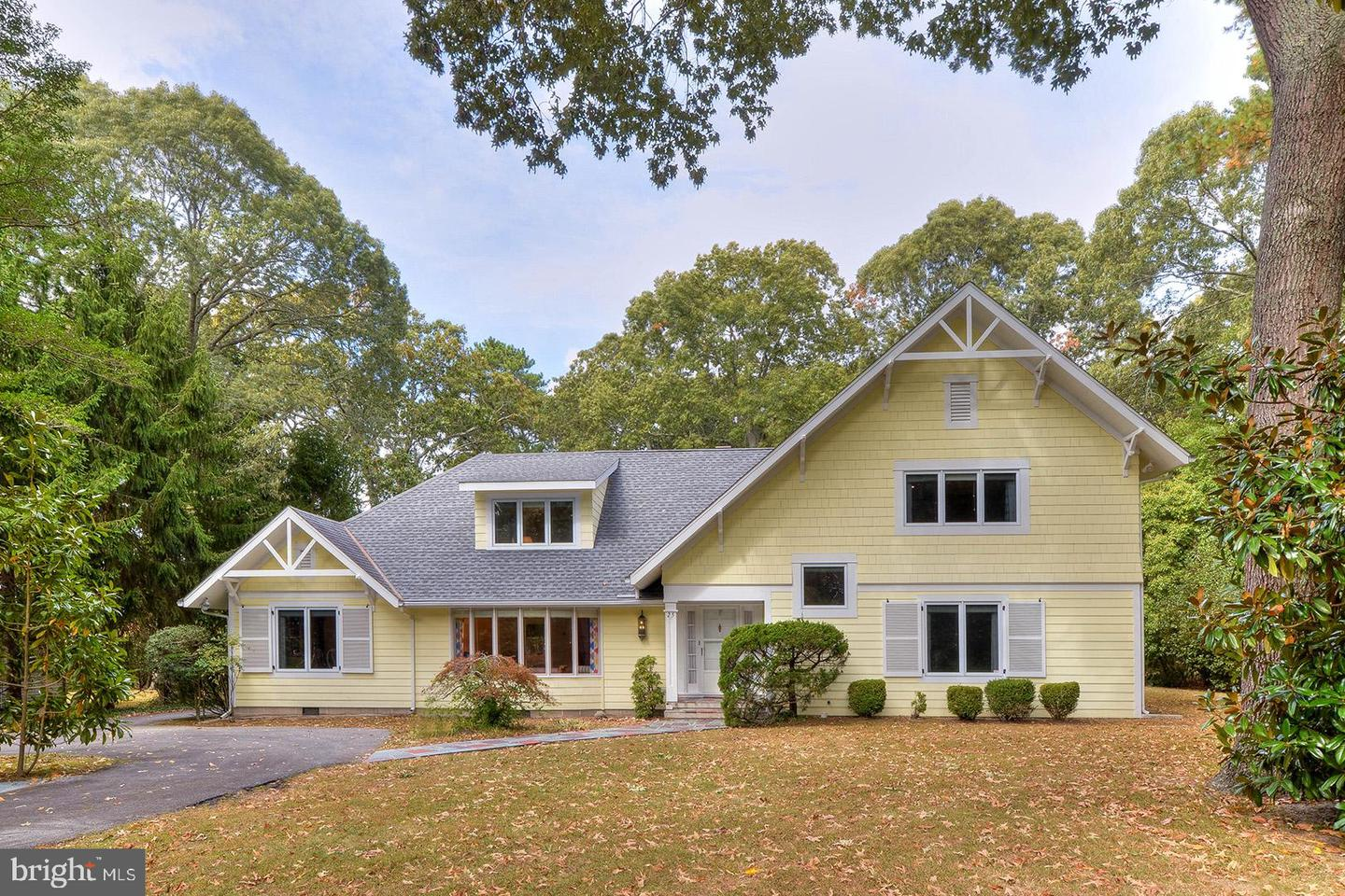 25 ROLLING RD   - Best of Northern Virginia Real Estate