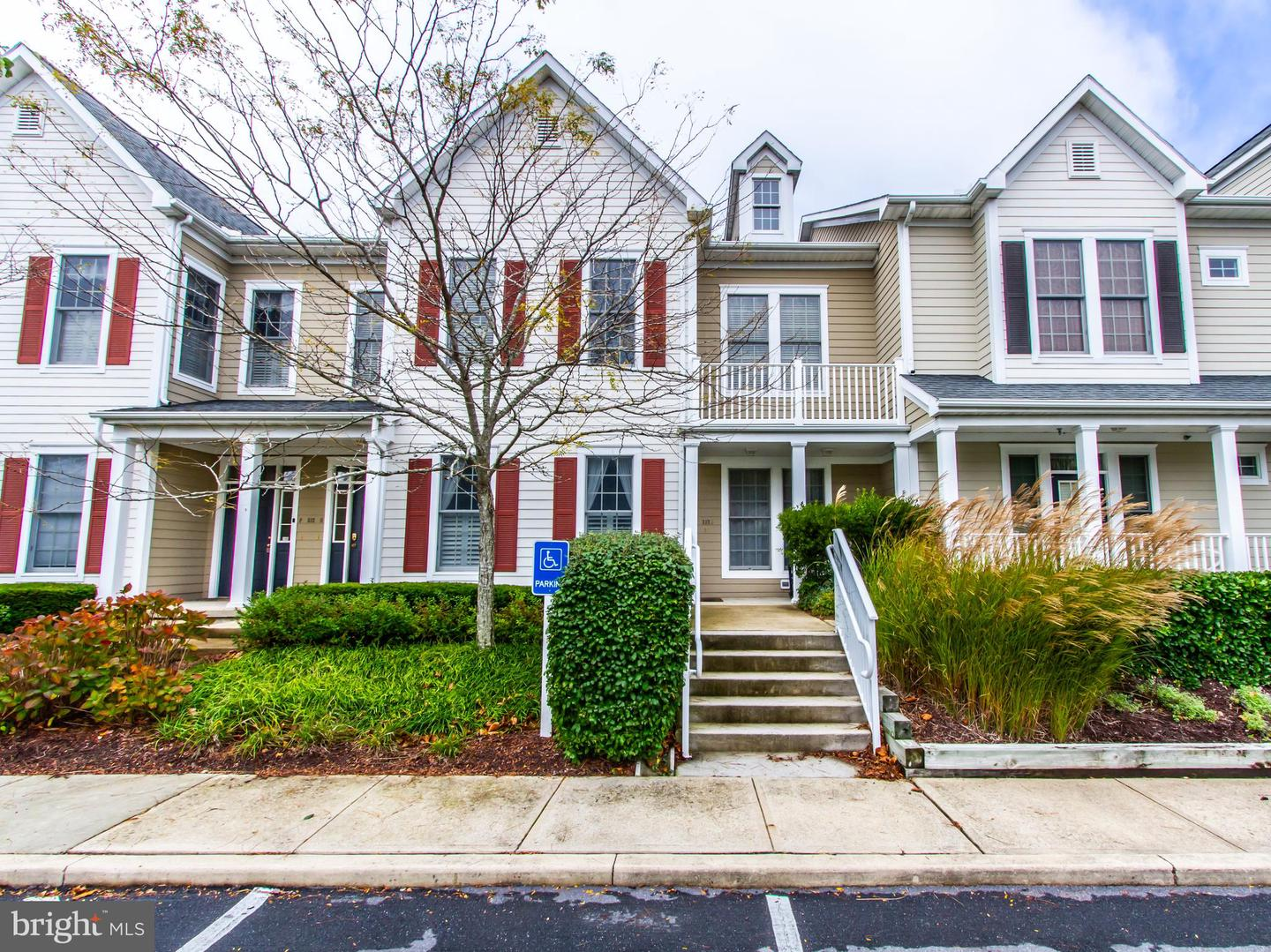 232 OCTOBER GLORY AVE #G   - Best of Northern Virginia Real Estate