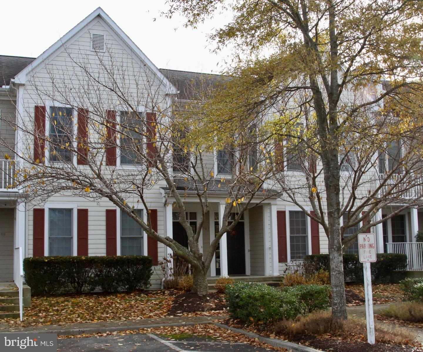 53F WILLOW OAK AVE   - Best of Northern Virginia Real Estate